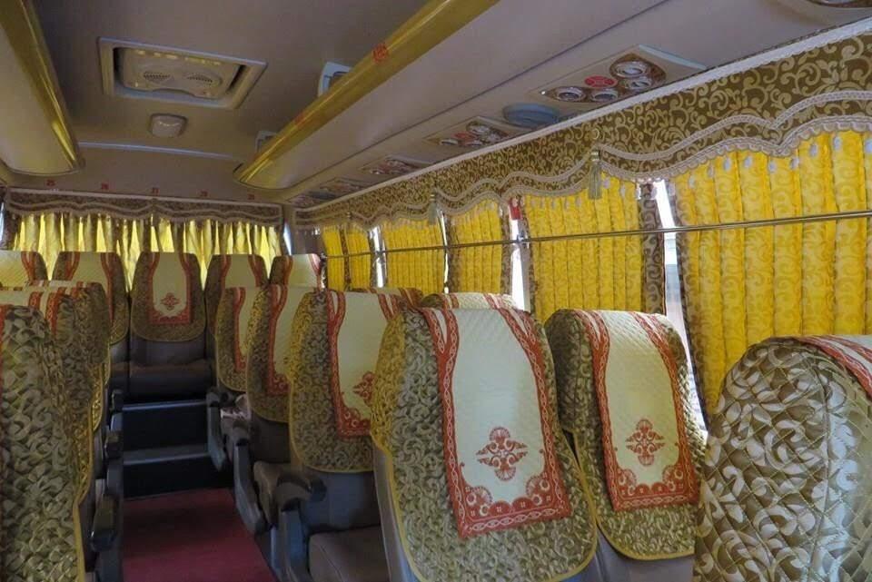 Áo ghế lót gòn xe du lịch huyndai 46 chỗ